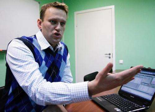 Russian blogger Alexei Navalny speaking in his office in Moscow, on December 17, 2009