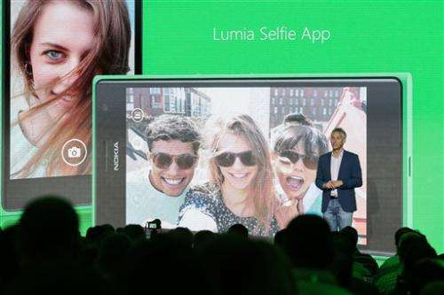Season's new phones are all about selfie image