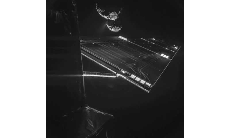 Selfie 16 km from comet