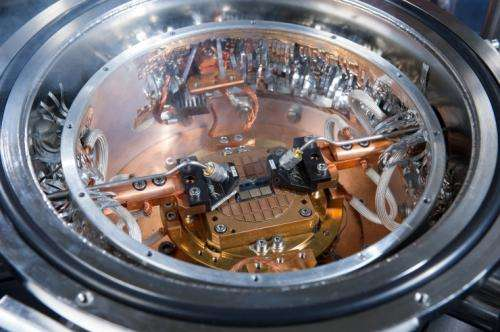 Silicon-germanium chip sets new speed record