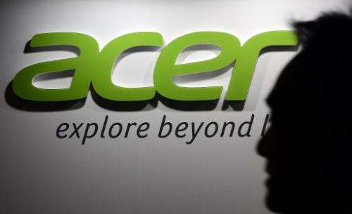 Stan Shih, founder of Taiwan's struggling personal computer maker Acer, said Sunday that he plans to retire as the chairman next