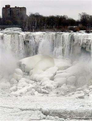 Study links polar vortex chills to melting sea ice