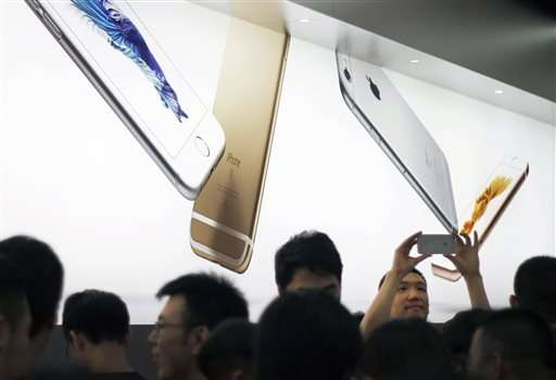 Apple withdraws some China apps after malware found