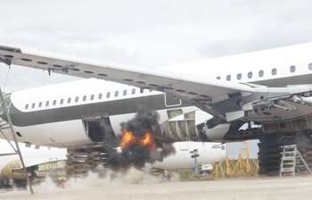Bomb-proof lining contains explosion in luggage hold of aircraft
