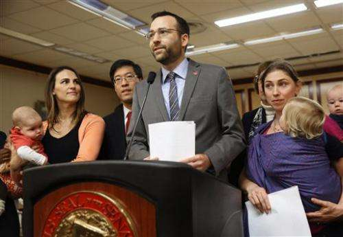 California lawmakers aim to limit vaccine exemptions