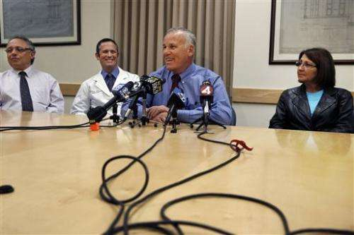 Chain of kidney transplants begins at San Francisco hospital (Update)