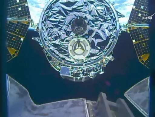 Christmas delivery: 1st shipment in months at space station