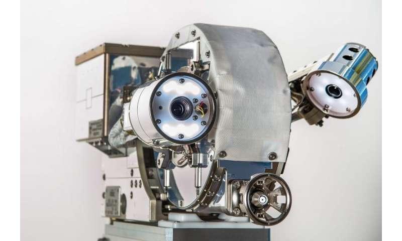 Image: Robotic eyes to assist satellite repairs in orbit