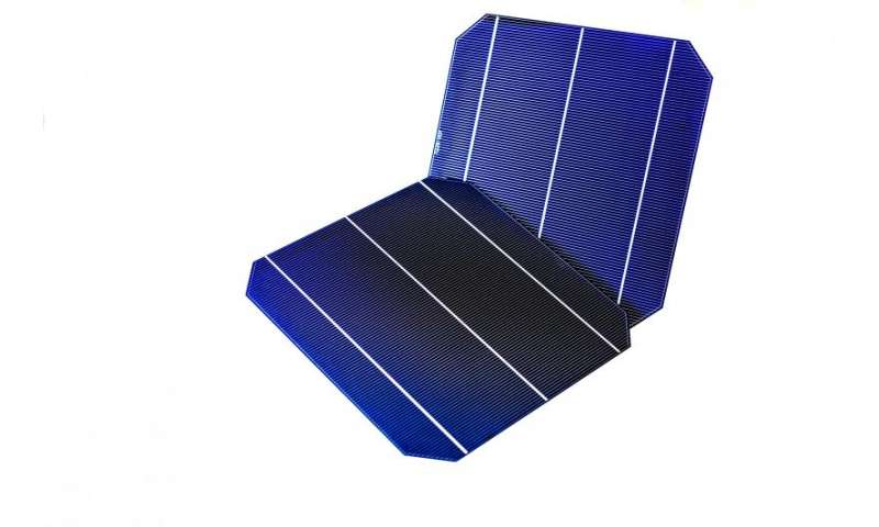 Large area industrial crystalline silicon n-PERT solar cell with a record 22.5 percent efficiency