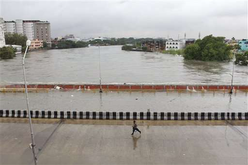 More rains coming as south India grapples with massive flood