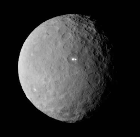 NASA's Dawn spacecraft moves in on dwarf planet Ceres