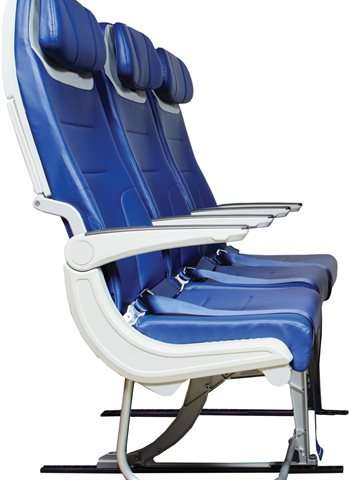 Panel asks: Could cramped airline seats be dangerous?