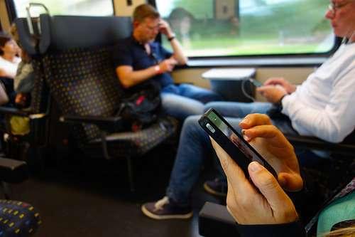Perth commuters face cyber threat via free wi-fi