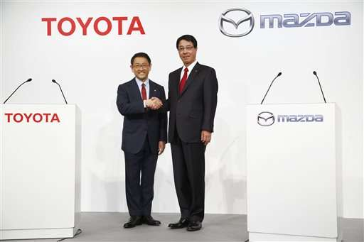 Toyota, Mazda announce 'long-term partnership' in technology (Update)