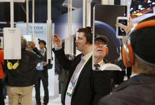 Tech enthusiasts turn up at Las Vegas gadget show