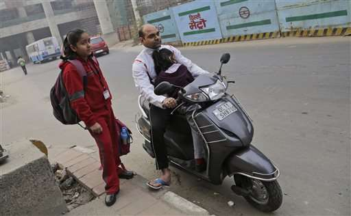 Beijing and Delhi: 2 cities and 2 ways of dealing with smog