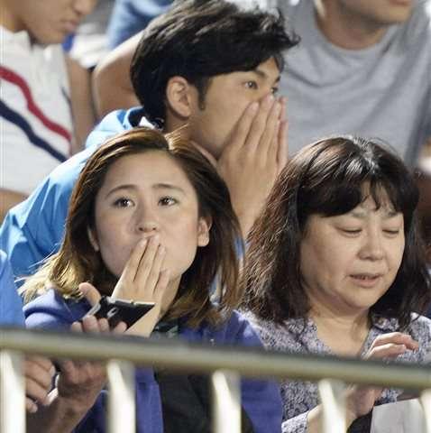 12 hurt in Japan quake as life returns to normal
