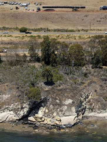 Thousands of gallons of oil sopped up from California coast