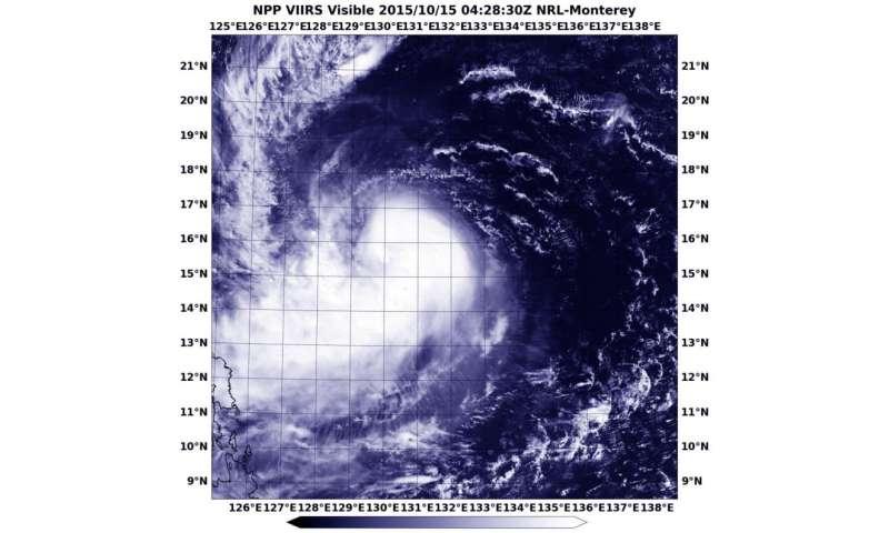 NASA-NOAA's Suomi NPP sees Koppu nearing the Philippines