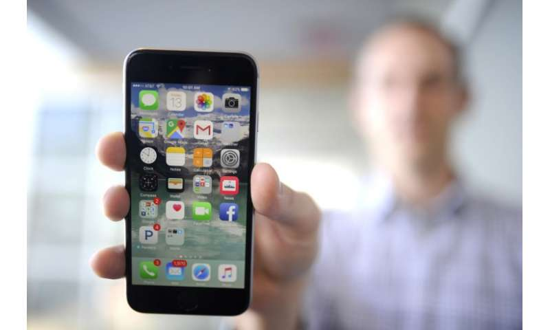 Researchers develop system to control information leaks from smartphone apps