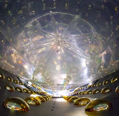 Best precision yet for neutrino measurements at Daya Bay