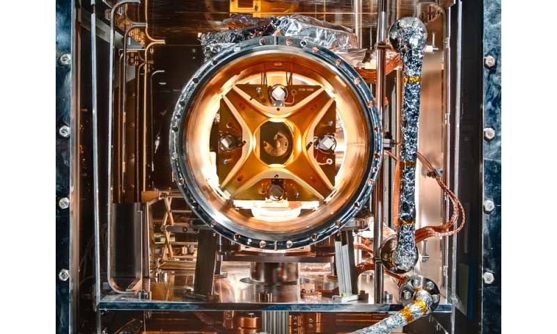 Firest experiment in electrostatic storage ring for ultra-cold molecules, models space conditions