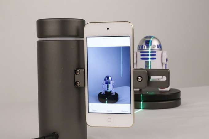 Harnessing the power of smartphone for 3D scanning
