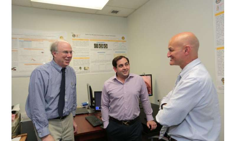 In the blink of an eye, researchers detect early signs of movement disorders
