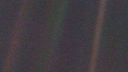 'Pale blue dot' images turn 25