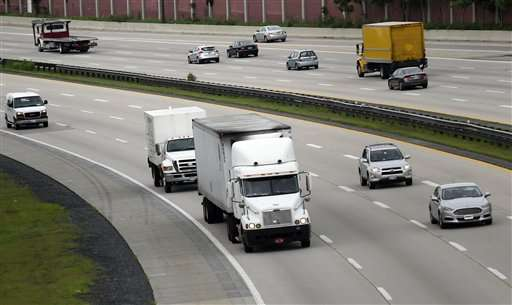 US proposes tougher fuel-efficiency standards for trucks