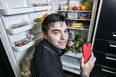 Food for thought! Technology can reduce domestic food waste