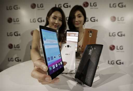LG Electronics says 1Q profit sinks nearly 60 percent