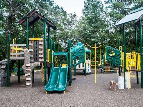 Research says 'play value' gap exists between playgrounds in affluent and nonaffluent communities