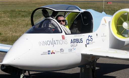 Upstart vs Airbus: First electric planes cross English Channel (Update 2)