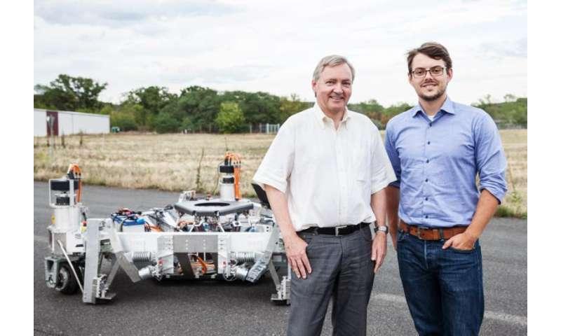 Scientists discuss opportunities of autonomous driving