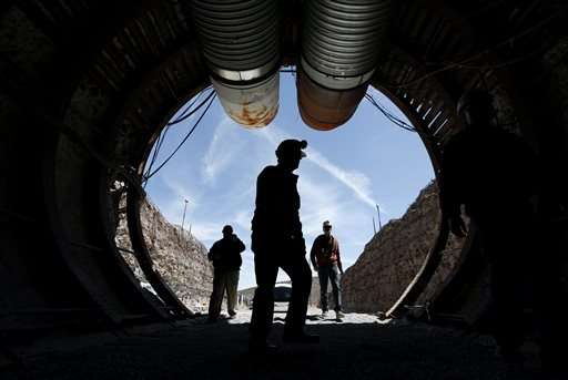 Congress group tours Yucca Mountain nuke dump site in Nevada