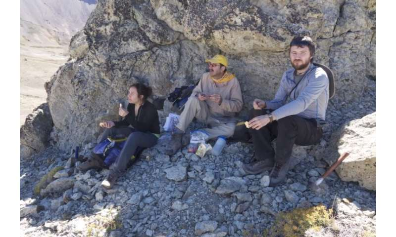 10,000-year record shows dramatic uplift at Andean volcano