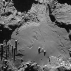 Comet surface changes before Rosetta's eyes