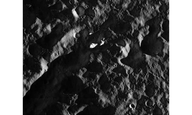 Cassini's final breathtaking close views of Dione