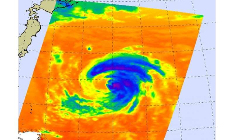 NASA sees Tropical Storm Kilo affected by wind shear