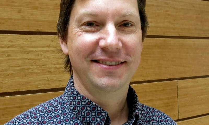 University of Oregon team glimpses how the brain transforms sound