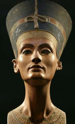 """A Nefertiti bust is pictured during the exhibition """"In The Light Of Amarna"""" to mark the 100 years of the Nefertiti bus"""