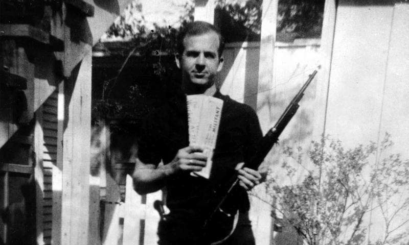Backyard photo of Lee Harvey Oswald is authentic, Dartmouth study shows