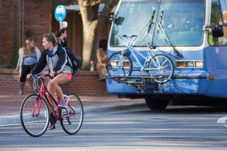 Bicyclists willing to ride up to 3 miles to catch bus, train, study shows