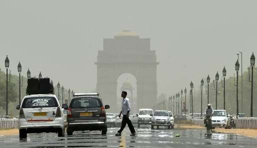 """Cars were seen using a designated """"car-free"""" stretch—running from the historic Red Fort to India Gate in central Delhi"""