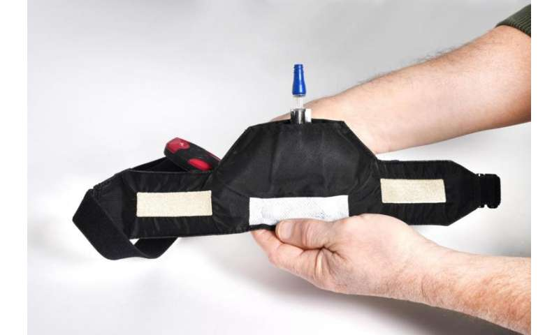 Chest strap heart rate monitor