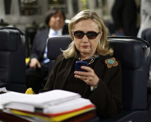 Clinton server ran software that risked hacking