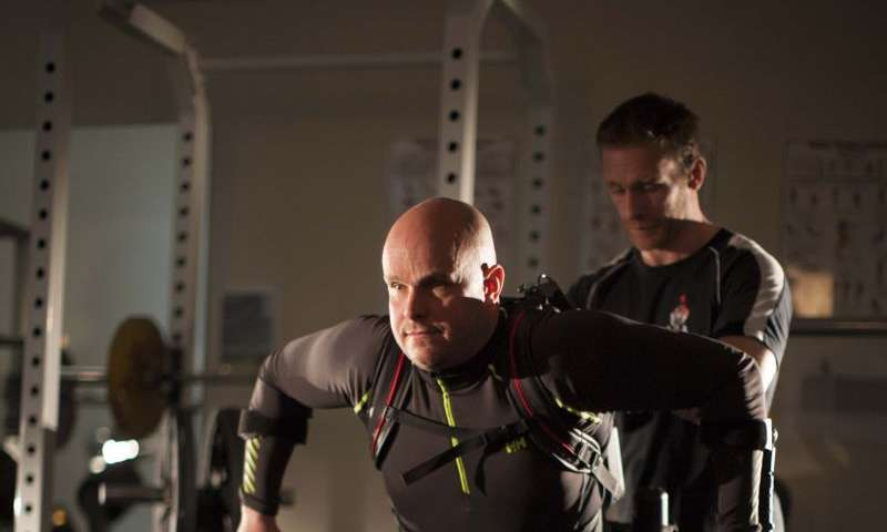Completely paralyzed man voluntarily moves his legs, UCLA scientists report