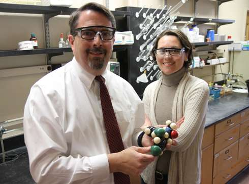 Drug discovery researchers identify, refine compound to combat malaria parasite