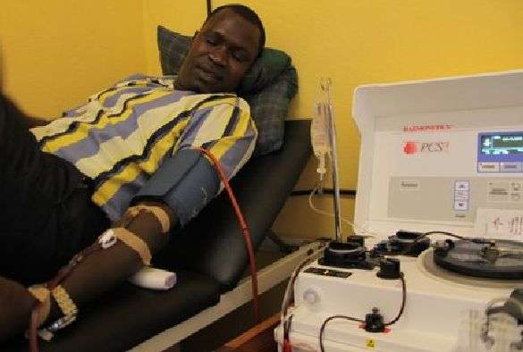 Ebola survivors donate plasma to tackle outbreak